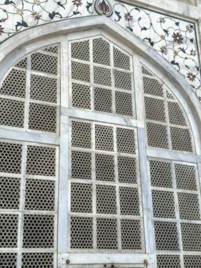 ダージマハル墓所入口