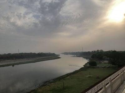 タージマハルのヤムナー川